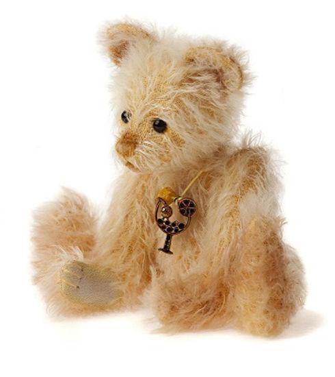 Pina, Minimo Bear by Charlie Bears™