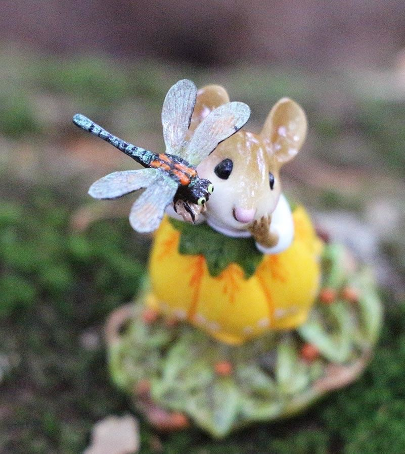 Pretty Perch in Yellow M-643 by Wee Forest Folk