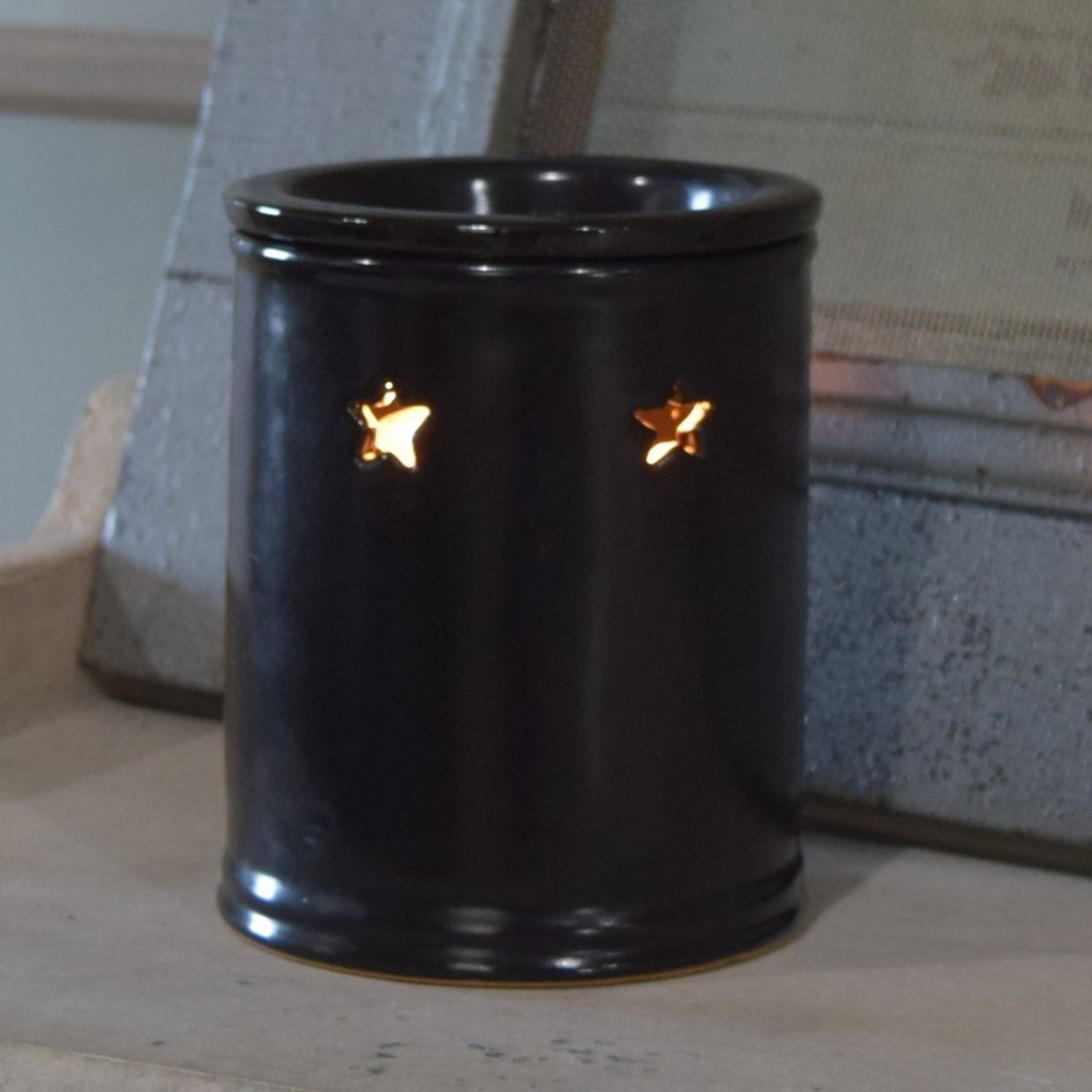 Black Star Electric Wax Warmer by 1803 Candles