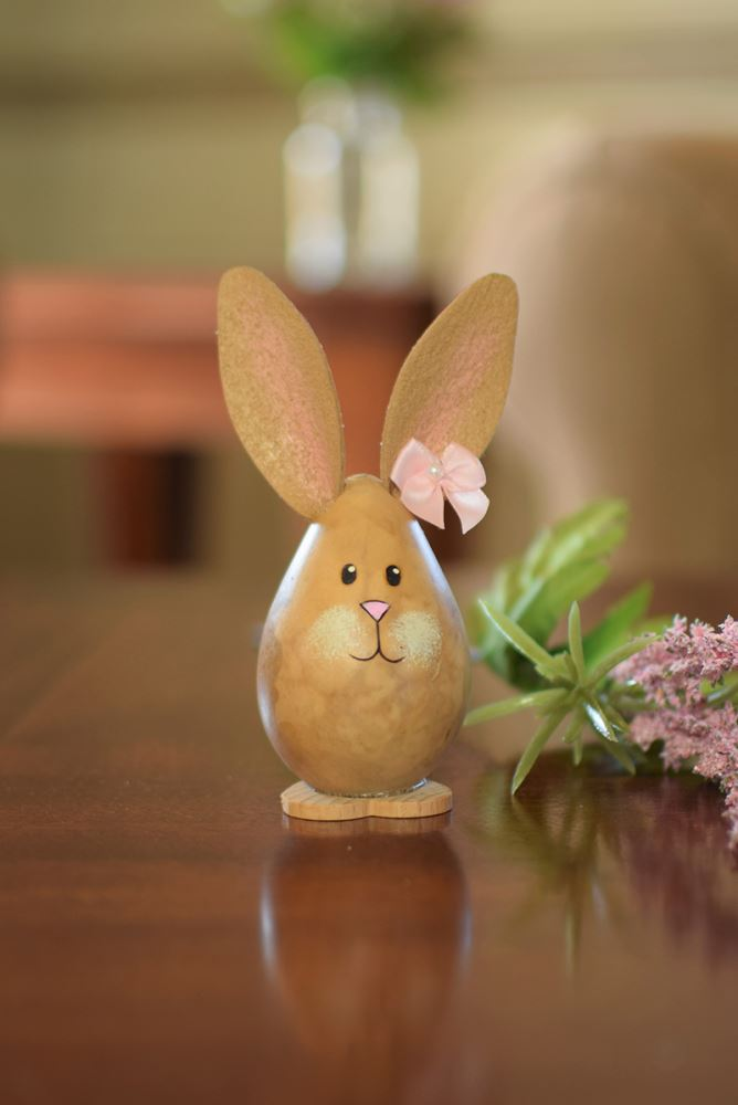 Kaylee - Tiny Egg Bunny by Meadowbrooke Gourds