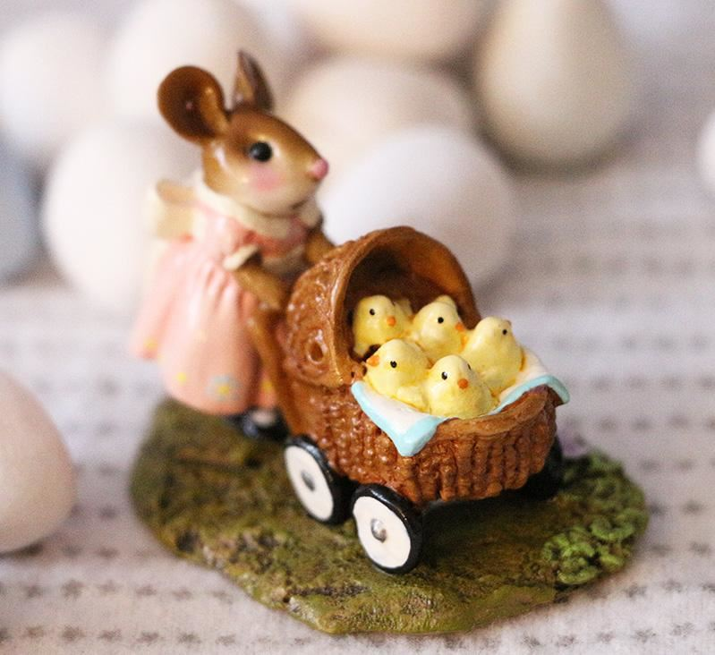 Strolling with My Chickies M-607 by Wee Forest Folk