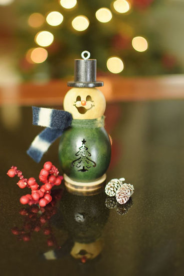 Lil Evergreen Snowman by Meadowbrooke Gourds