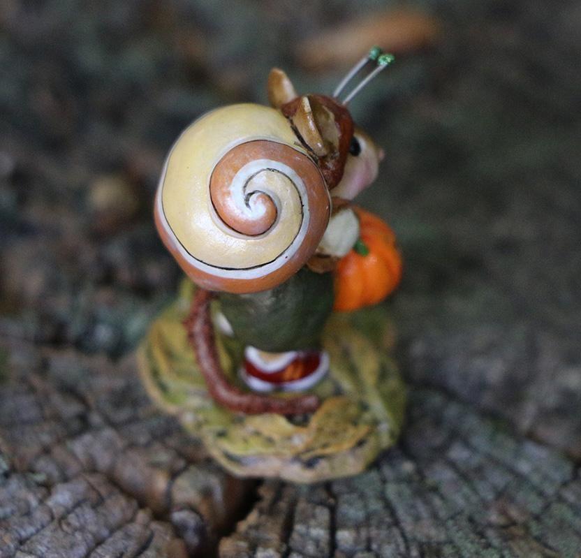 Speedy Snail M-675 by Wee Forest Folk