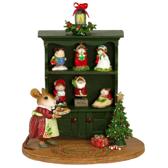Christmas Curio M-674c Full By Wee Forest Folk®