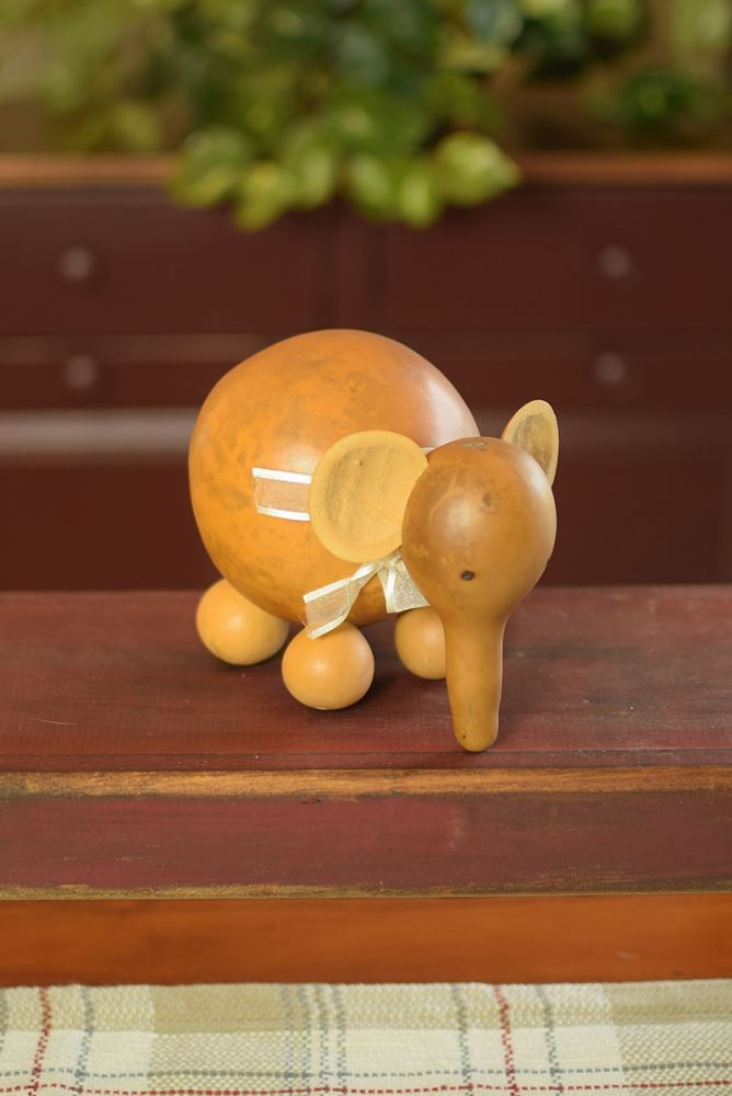 Ellie the Elephant by Meadowbrooke Gourds