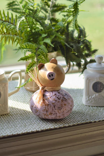 Penelope the Pig by Meadowbrooke Gourds