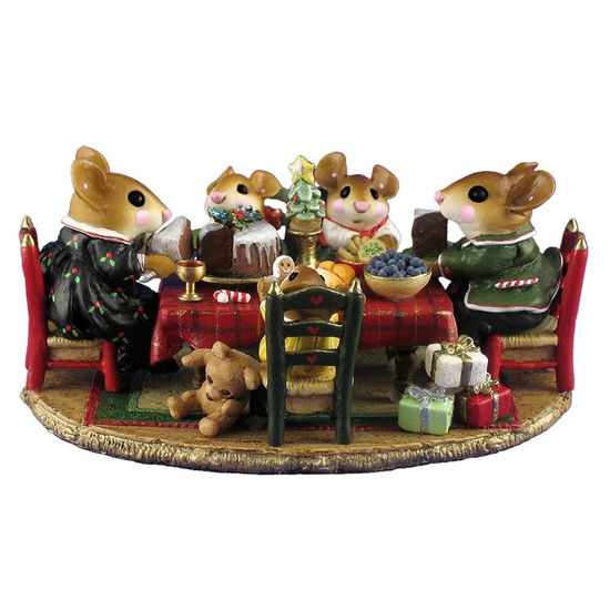 Christmas Family Gathering M-302a by Wee Forest Folk
