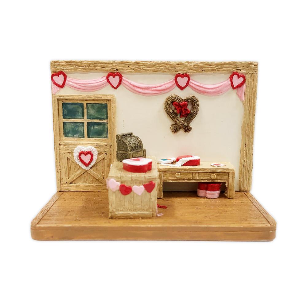 Valentine Shop Displayer by Habitat Hideaway