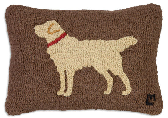 Golden Retriever on Brown by Chandler 4 Corners