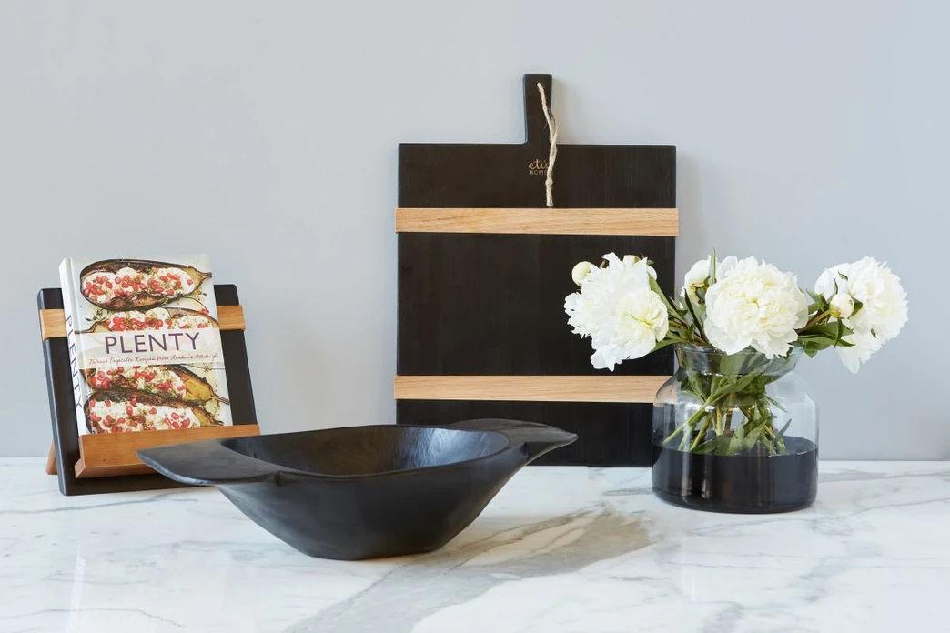 Black Mod iPad / Cookbook Holder by etúHOME