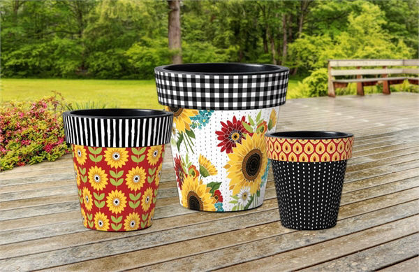 "Sunflower Checks 15"" Art Planter by Studio M"