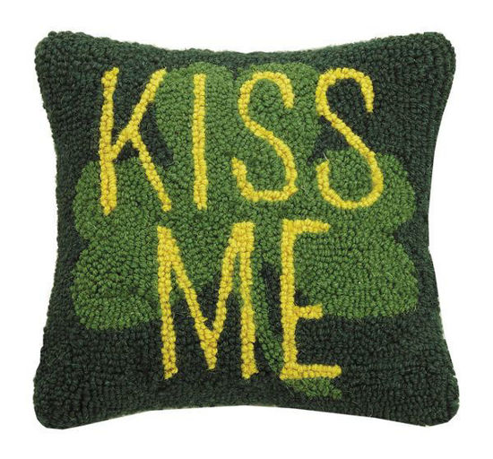Kiss Me by Peking Handicraft