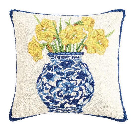 Chinoiserie Vase Daffodils by Peking Handicraft