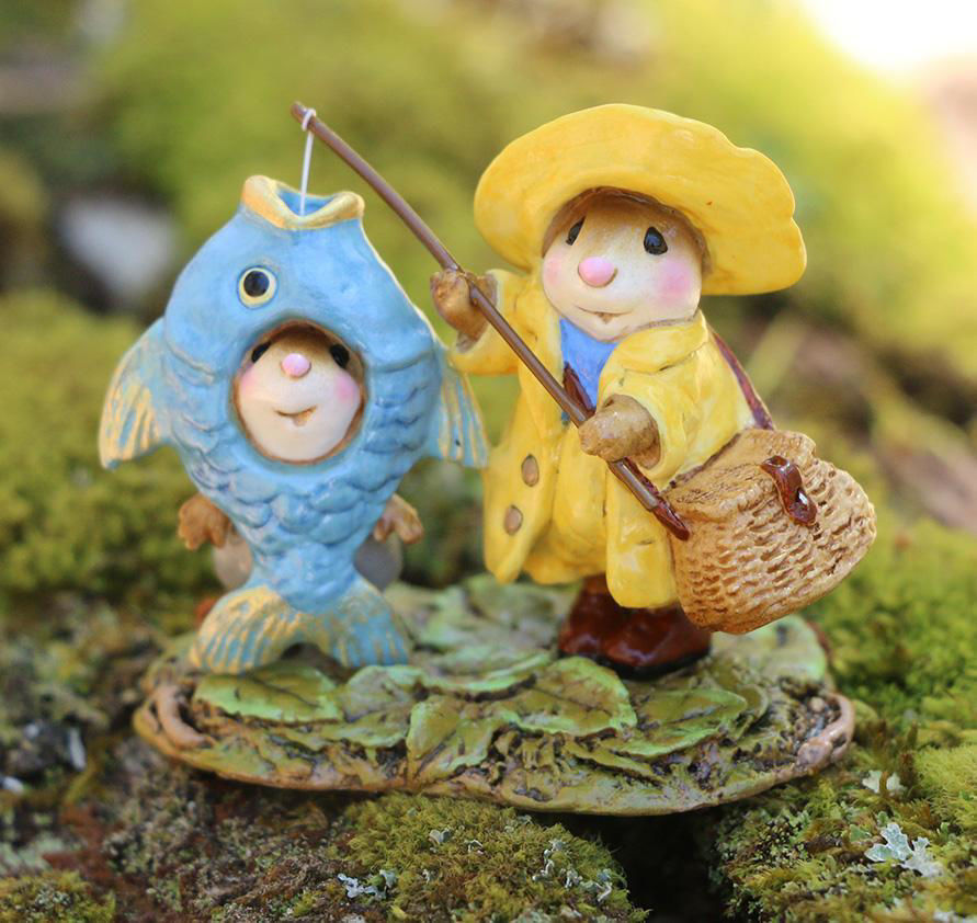 Reel Chums M-676a By Wee Forest Folk®