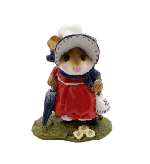 Lady Mousebatten M-195b (USA Red Special) by Wee Forest Folk®