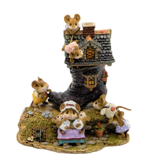 Little Mice Who Lived in a Shoe M-189 (Purple Special) by Wee Forest Folk®