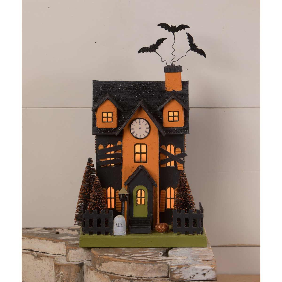 Haunted House by Bethany Lowe Designs