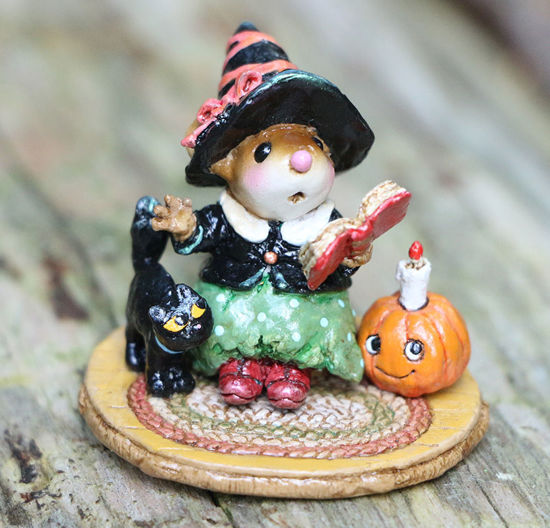 The Storyteller M-713 Green by Wee Forest Folk®